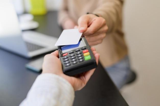 การจ่ายเงินด้วยบัตรเครดิต