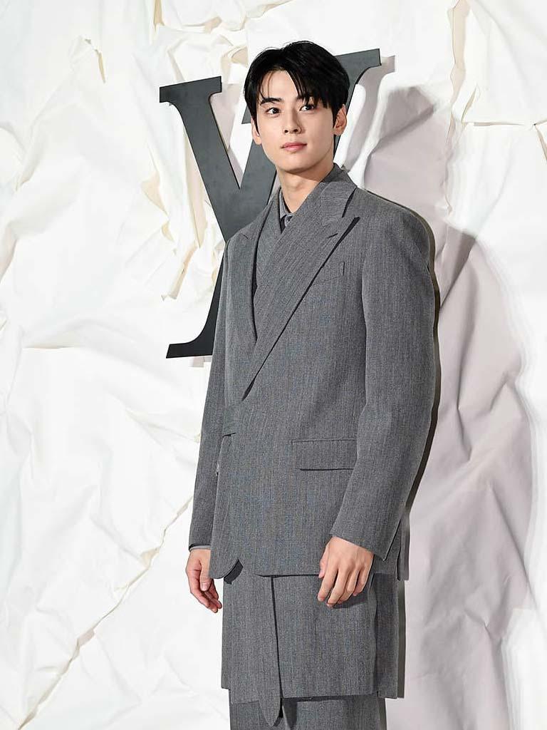 ชาอึนอูกับแบรนด์ Louis Vuitton