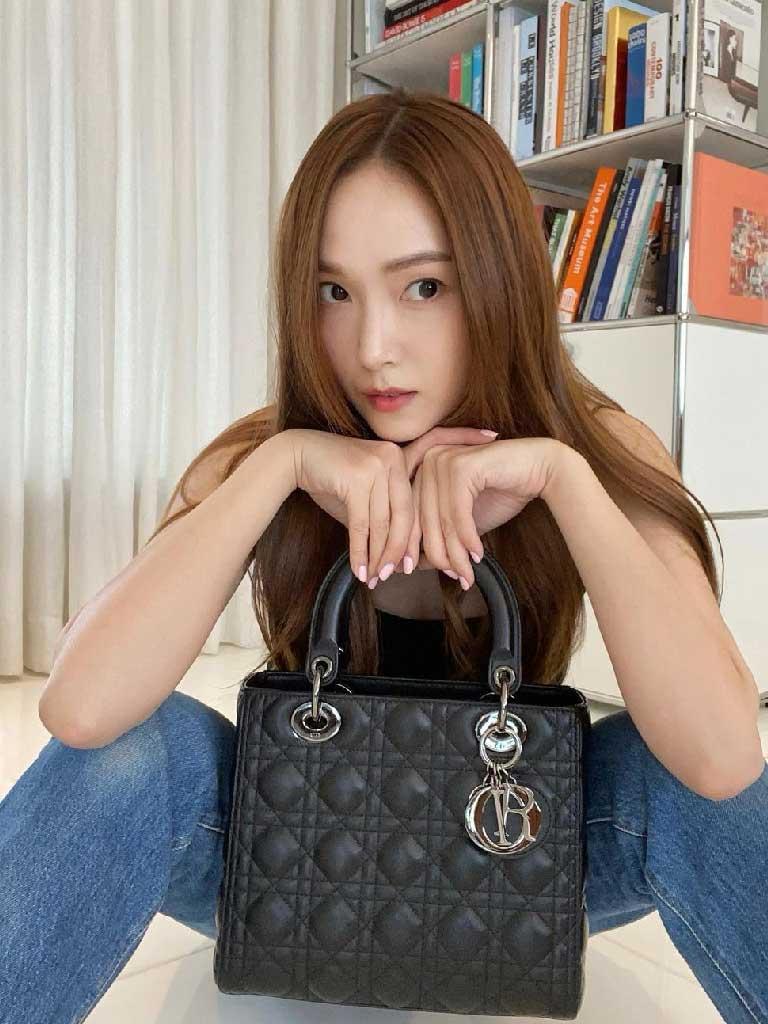 เจสสิก้ากับแบรนด์ Dior