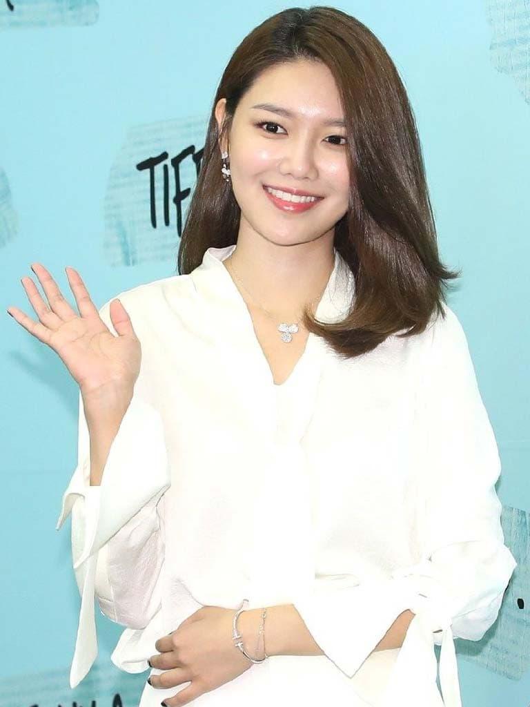 ซูยอง กับแบรนด์ Tiffany & Co.