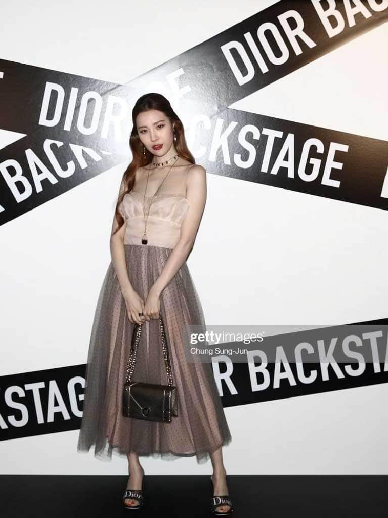 ซอนมีกับแบรนด์ Dior